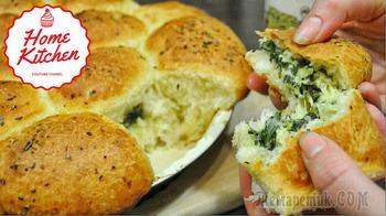 Отрывные булочки со шпинатом и сыром