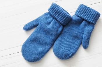 Как сшить варежки из старого свитера: новая жизнь старых вещей