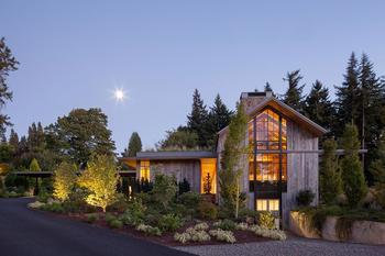 С природой на «ты»: загородный дом в штате Орегон