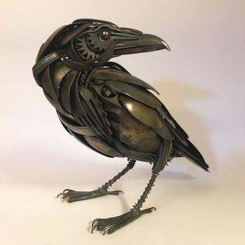 Скульптуры животных из старых столовых приборов