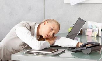 Переутомление - их карма: 6 знаков Зодиака которые слишком много работают