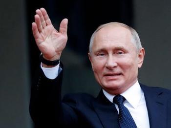 Сколько зарабатывает Владимир Путин в год?