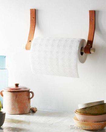 Полки из кожаных ремней: удобные решения для интерьера в скандинавском стиле
