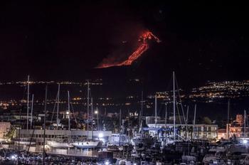 Недавнее извержение вулкана Этна в фотографиях