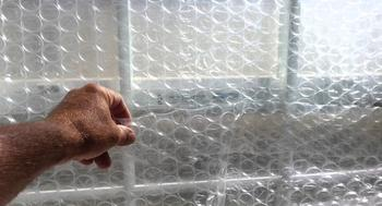 6 отличных вариантов, как можно использовать с пользой в быту пузырчатую пленку