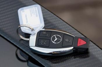 Какие опции в современном автомобиле, по мнению эксперта, приносят только вред и лишние траты
