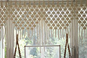 Красивая шторка из обычной пеньковой верёвки