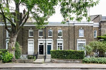 Обновленный георгианский дом с садом в Лондоне