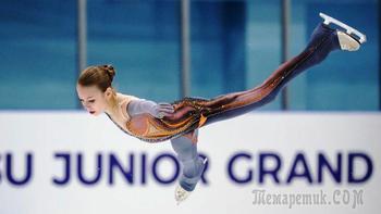 В четыре оборота: Трусова оступилась, но запрыгнула в финал