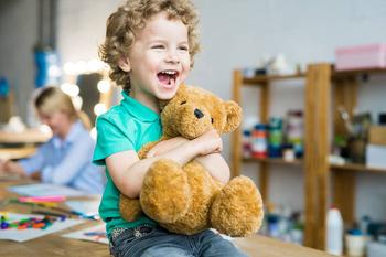 Громкий ребенок: что делать если малыш разговаривает криком?