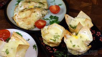 Завтрак или белковый перекус из лаваша, яиц и сыра. Два варианта легких и простых рецептов
