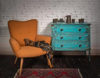 Как обновить старую мебель. Состаривание при помощи окрашивания