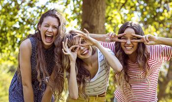 Почему мы с возрастом теряем друзей