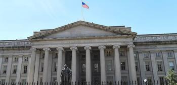 Китай и другие страны сбрасывают госдолг США