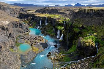Остров Исландия: путь к долине Landmannalaugar