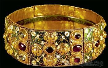 История короны лангобардов: Почему золотую корону называют железной и почитают, как религиозную реликвию