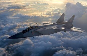 «Семерка» военных самолетов США и России, которые не знают себе равных по скорости