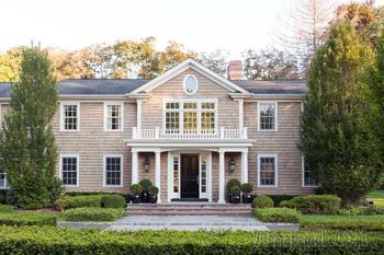 Великолепный дом с элегантными интерьерами в США