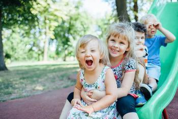 4 способа избежать конфликтов на детской площадке