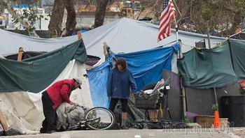 Блеск и нищета. Почему американцы страдают от чудовищной бедности