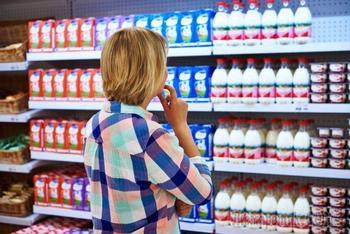 Почему в «живых био-йогуртах» мало пользы и какими пробиотиками их заменить