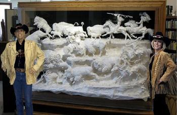 Эксклюзивные скульптуры из бумаги, которые не уступают ни в цене шедеврам из мрамора или бронзы