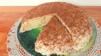 Творожный торт без выпечки из печенья со сгущенкой. Видео рецепт