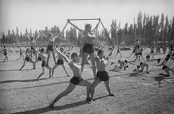 Заря советской власти: архивные кадры СССР 20-х и 30-х годов