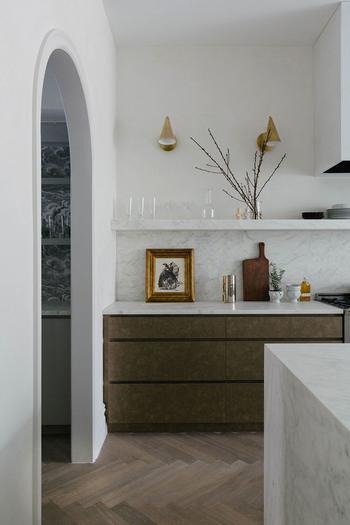 Элегантный современный интерьер с лёгкими классическими чертами в Нью-Йорке