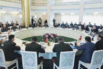Чем обусловлено геополитическое одиночество России