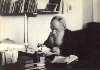 Задача про шапку от Льва Толстого, а у вас получилось ее разгадать?