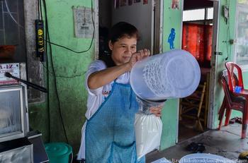 Как делают кокосовое молоко