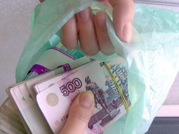 Шестиклассник украл 3 миллиона, уехал в Екатеринбург и планировал вымогать деньги у родителей