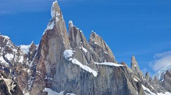 Выше облаков: 10 самых красивых гор мира, которые должен увидеть каждый