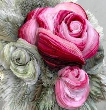 Невероятные бумажные цветы от датской художницы