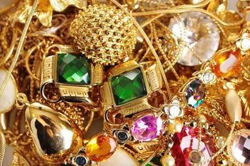 Как чистить золото с камнями дома