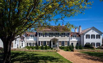 Изысканное современное поместье в США