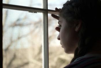 Венец безбрачия: признаки у девушек