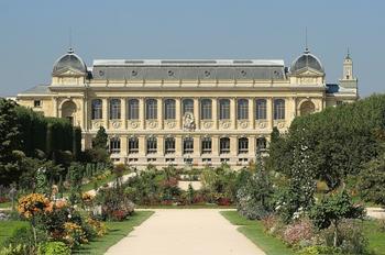 Чем может похвастаться Париж: 10 красивейших садов и парков столицы Франции