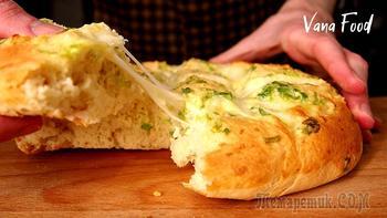 Чесночная лепешка с сыром