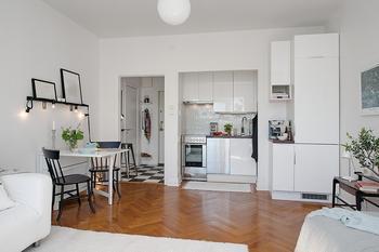 Однокомнатная квартира 26 к.в.м с гардеробной и маленькой кухней