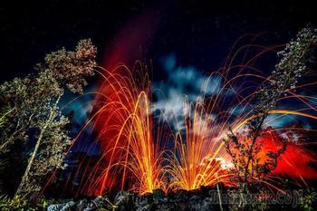 Завораживающие кадры гавайского вулкана Килауэа, изрыгающего пламя