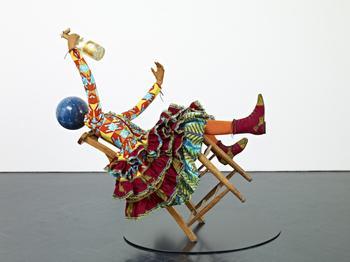 Африканский дизайнер создаёт сюрреалистические скульптуры, которые произвели настоящий фурор в мире искусства