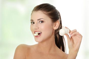 Чистка сосудов и лечение чесноком: тибетский метод очищения