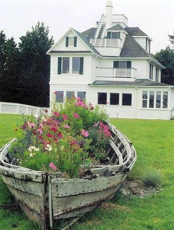 Уникальное садовое искусство из барахла