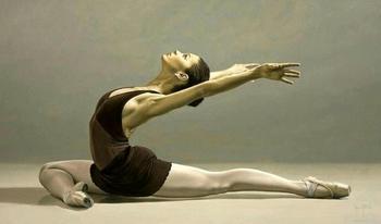 Страсти по-чилийски: Чувственные картины, на которых запечатлены балерины и просто красавицы