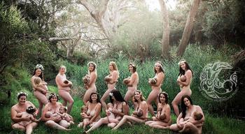 «Каждая кормящая мать должна чувствовать себя богиней»: проект от австралийского фотографа