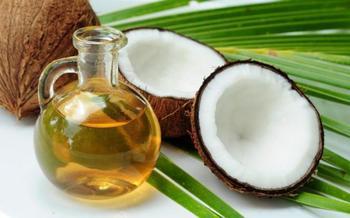 Почему нужно срочно включить в свой рацион кокосовое масло