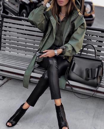 Соблазнение и роскошь: кожаные брюки 2021 для твоего невероятного стиля