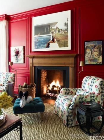Яркие цвета и современное искусство в дизайне дома в Хьюстоне